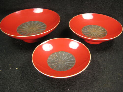 ANTIQUE JAPANESE MEIJI ERA (1850) LACQUER WOODEN SAKAZUKI SAKE CUP MAKIE CRANES