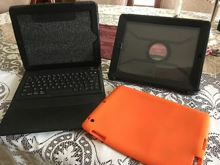 iPad Cases - Otterbox, Silicon Sleeve & Folder with built-in Keyboard