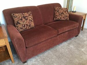 Love seat in perfect condition