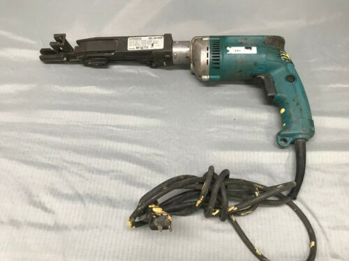 Makita 6828Z Quik-Drive Auto Feed Screw Driving System With QDPRORFG2 PRO250