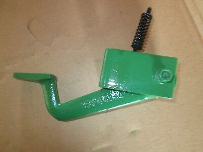 Oliver Tractor 15501555160016501655175018501950 Steering Tilt Assembly