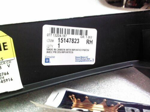 Genuine GM 15147823 Bumper Filler Front Right