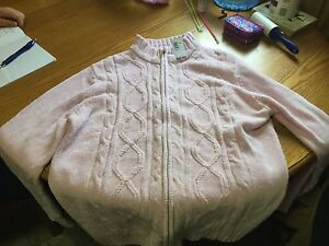 Women's acrylic zippered sweater. Size 1x.