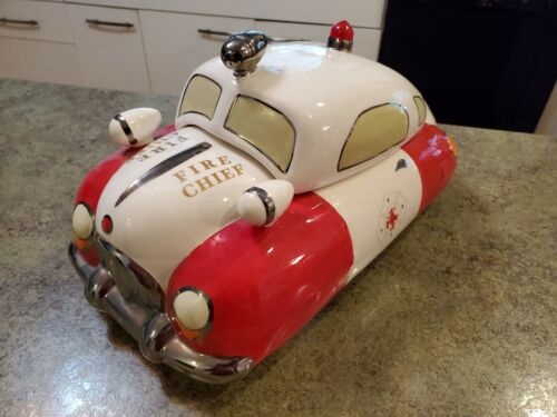 RARE VINTAGE HENRY CAVANAGH FIRE CHIEF CAR CERAMIC COOKIE JAR FD RADIO DISPATCH