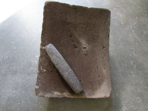 Antique Metate #52-Grinder-Rustic-Complete-Old Mexican--Primitive-14x19x9.5