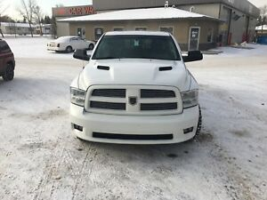 Fully loaded 2012 Ram 1500 quad cab 4x4