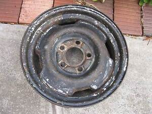 Ford, XD Falcon, 14 x 5.5 inch steel wheel rim Ridgehaven Tea Tree Gully Area Preview
