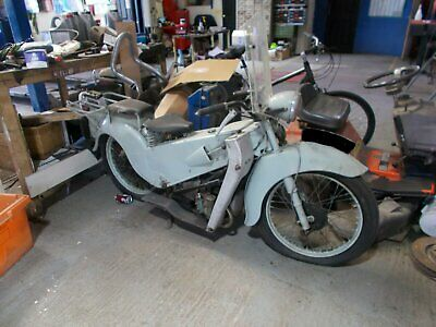 Velocette le 1952 good condition for easy restoration