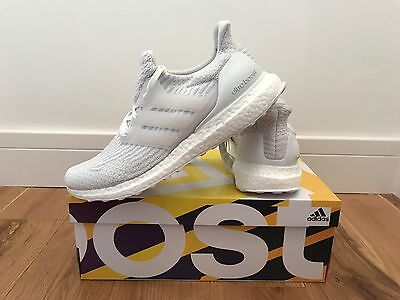 Adidas UltraBOOST Mens Trainers/Sneakers Collegiate White Crystal White Size 11