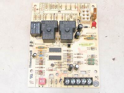Honeywell St9120c4057 Furnace Control Circuit Board Hq1011927hw