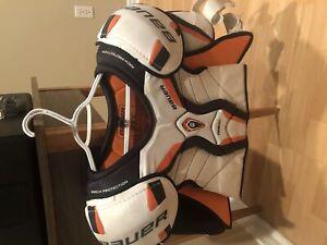Bauer Men's XL shoulder pads