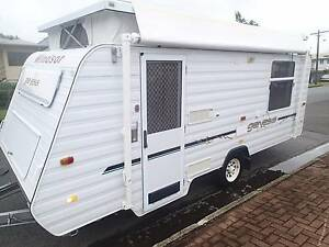 2006 Windsor Genesis Poptop 17' Caravan Bungalow Cairns City Preview