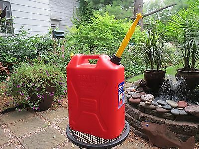 Pre-ban But New Vented Scepter 5.3 Gal Gallon Plastic Jerry Gas Can Spout Cap