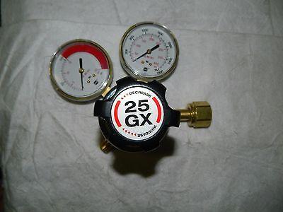 Harris Electric Welding Regulator 300 Cga Inlet Male 15 Psi Acetylene 3000350