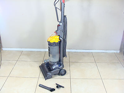 Dyson DC33 Multifloor Bagless Honourable Vacuum Cleaner