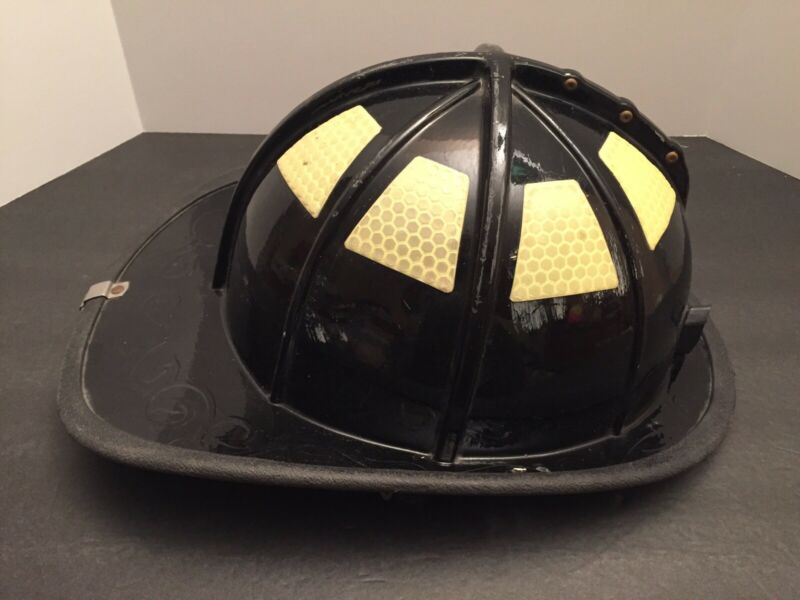 Authentic Cairns & Brother 1010 Fire Fighter Helmet Black Firefighter 2000 Ed.