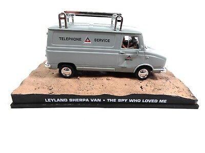 Leyland Sherpa Van - James Bond 007 - 1:43 Diecast Model Car DY061