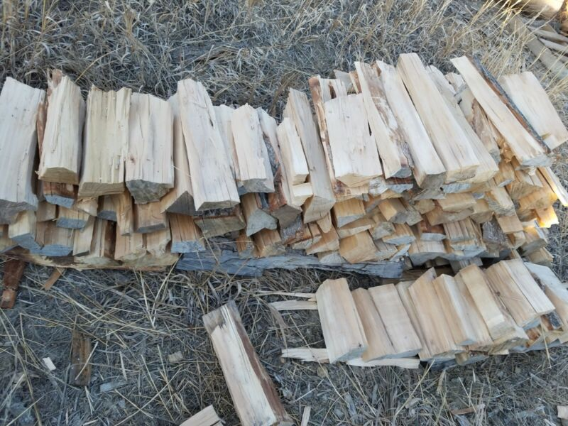Peachleaf Willow, 65 LBS Better Pieces Hand Split Firewood. Dry Willow Tree Wood