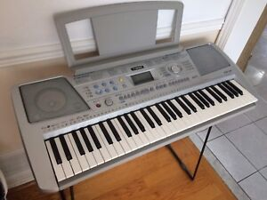 Yamaha PSR-290 Midi Keyboard Piano with Dixon Stand