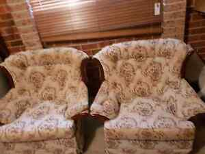 2 lounge chairs Ballina Ballina Area Preview