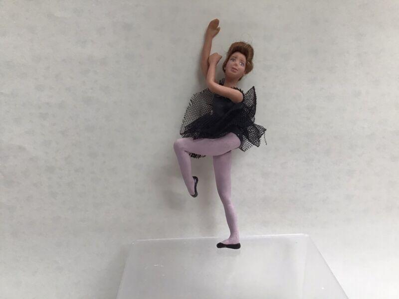 Darla Knox dolls