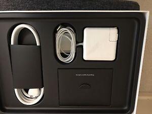 2015 MacBook Pro Retina 13.3 in excellent condition