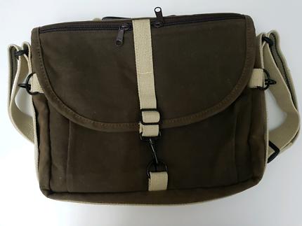 Domke F803 RuggedWear Messenger camera bag
