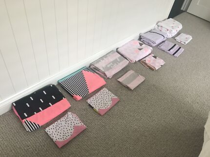 Girls Single Bed Quilt Covers & Sheet Sets Bull Lot