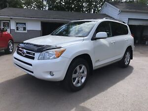 2008 Toyota RAV4 Limited Edition Dealer maintained