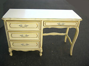 Vintage french provincial style writing desk mid century for Z furniture outlet santa ana