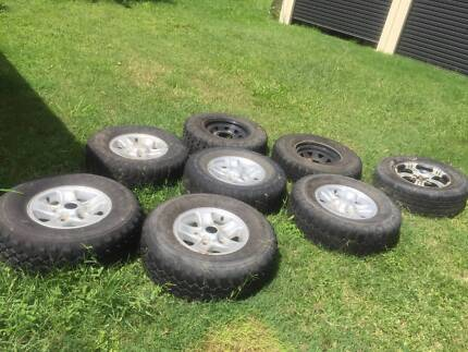 6 stud alloy rims and tyres