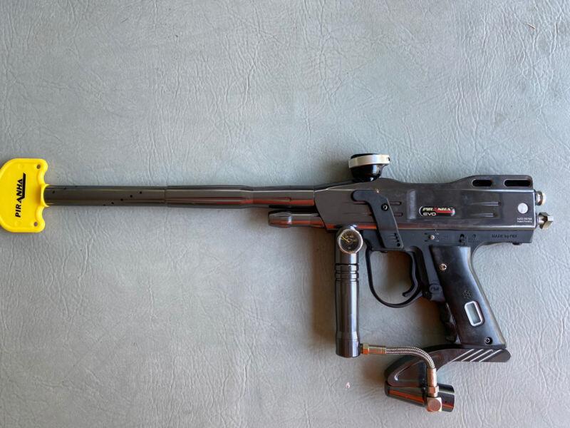 PMI Piranha EVO Paintball Gun- Black, Many Extras, Free FedEx Ground Shipping