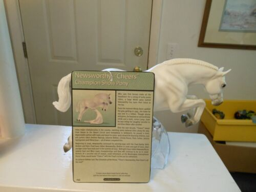 "Breyer  #712 ""Newsworthy"" 2008 GREY JUMPING PONY WITH STAND. TRADITIONAL 1:9"