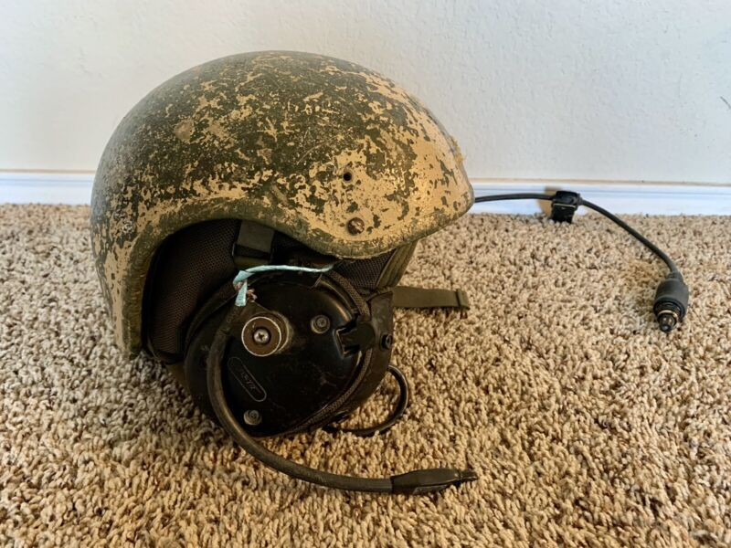 Combat Vehicle Crewman CVC helmet Complete DH-132B Medium