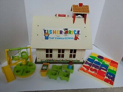 VINTAGE 1971 Fisher Price Toys Play Family School House 923 with playground set