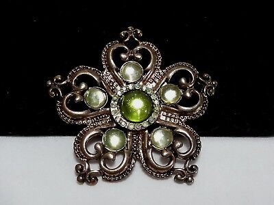 Vintage Estate Gold Green Peridot Rhinestone Moon Glow Royal Heart Brooch Pin Royal Estate Green
