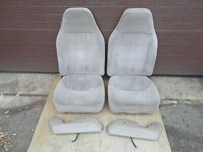 92-96 97 Ford Pickup Truck Front Bucket Jump Seats 40/20/40 Tan