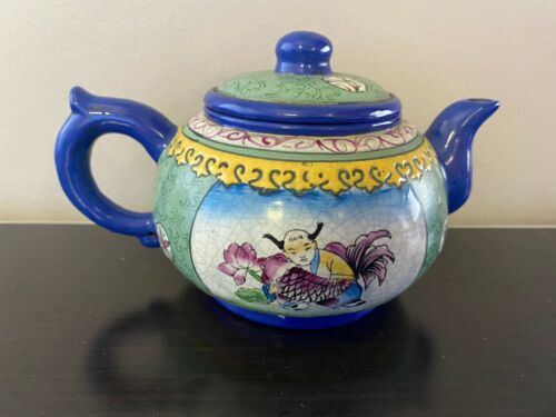 ANTIQUE CHINESE QING ENAMELED YIXING ZISHA TEAPOT 19TH C.