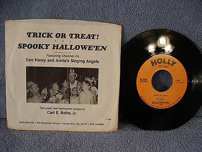 Dan Henry & Annie's Singing Angels, Trick or Treat/Spooky Halloween, Holly N145 - Holly Halloween