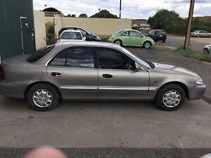 1997 Hyundai Sonata Gle sedan Salisbury Plain Salisbury Area Preview