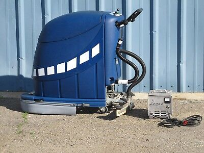 Self Propelled Walk Behind Scrubber 24v W Charger Powr-flite Pas20dx