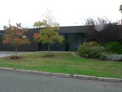BURSWOOD SHARED OFFICE SPACE & WAREHOUSE SPACES AVAILABLE WIFI