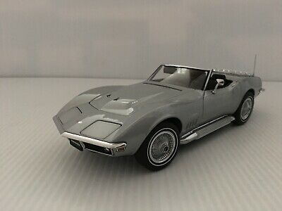 1:18 AUTO ART 1969 CHEVY '427' CORVETTE CONVERTIBLE LTD. ED.-NO RESERVE