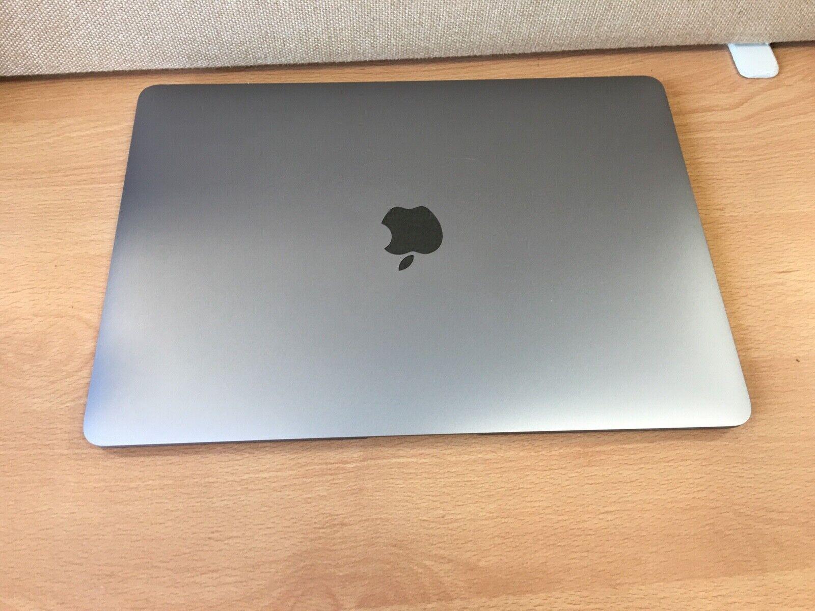 Apple macbook air 13'' 1.6 ghz coeur i5,8gb ram, 128gb ssd, 2019 (a4)