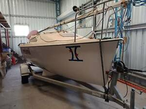 Trailer sailer 18ft