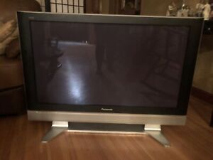 "42"" Panasonic plasma TV"