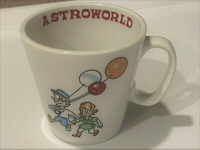 Astroworld vintage ceramic cup, ORIGINAL, great design, NEAR MINT, Houston, TX