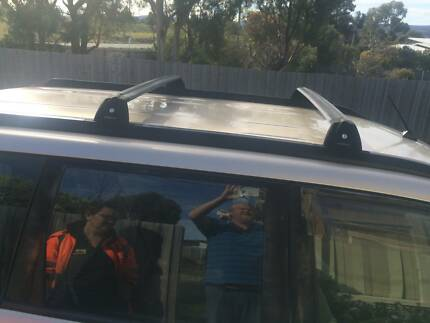 Roof Racks 2004 Gold Nissan X-Trail 5 sp man petrol