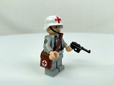 Lego Minifigure German Medic Soldier CUSTOM with Medic Pouch Helmet Badge  - Soldier With Helmet
