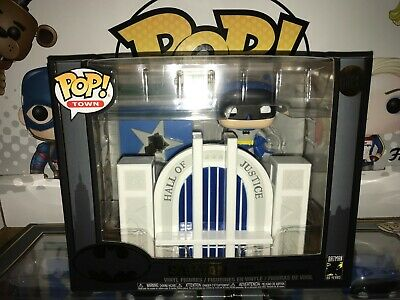 Batman Hall of Justice Funko POP
